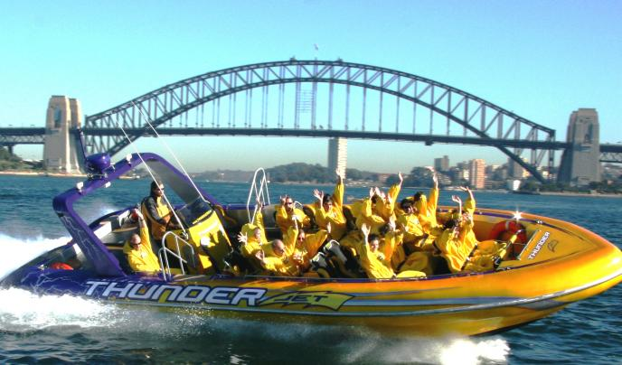 Take an exhilarating jetboat ride and see famous sights such as the Opera House and Harbour Bridge.