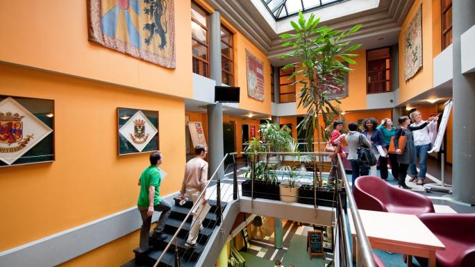 Sleep Well Hostel in Brussels: newly renovated and centrally located.