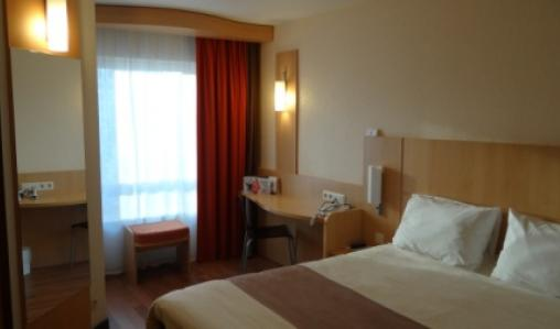 The Ibis Antwerp: comfortable rooms, close the old town.