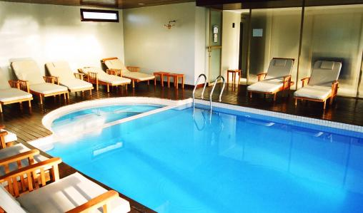 Facilities include an indoor pool.