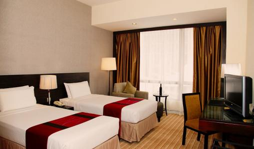 Peninsula Excelsior Hotel Singapore is convenient for many major attractions.